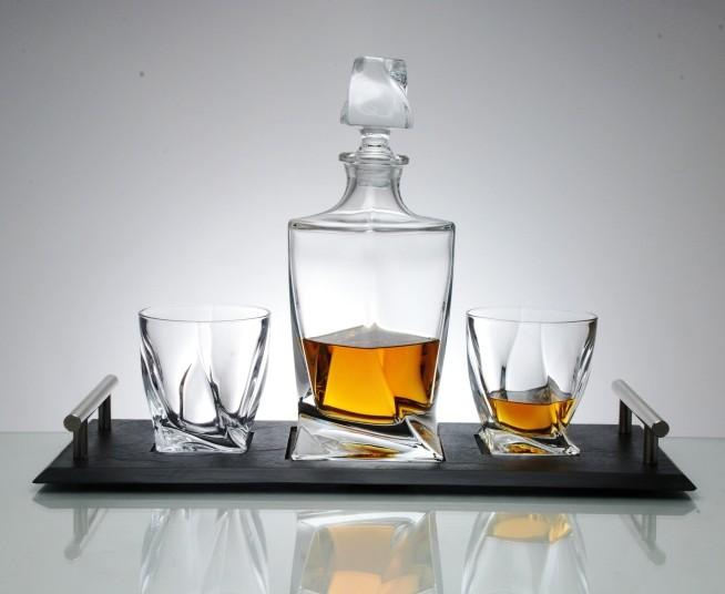 whiskey karaf voor de gezelligheid noardwester. Black Bedroom Furniture Sets. Home Design Ideas