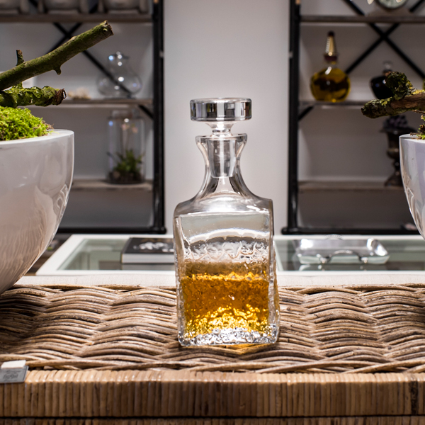Hoe lang blijft mijn whisky goed in een whiskey karaf?