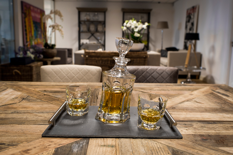 Een whisky set van kristal of loodvrij kristal?